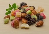pic of mixed nut  - Fresh Nuts and dry fruits mix heap - JPG