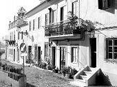 Pitoresc_Houses