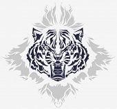 Rugir de cabeza de tigre y llamas aislaron silueta negra - alta calidad detallada ilustración - grande