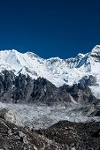 picture of cho-cho  - Mountain summits in the vicinity of Cho oyu peak - JPG