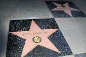 LOS ANGELES -JUL 26: Pepe Aguilar estrela, estrela de Antonio Aguilar em uma cerimônia de homenagem a sagacidade de Pepe Aguilar