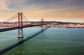 Ponte de 25 Abril, Lisbon