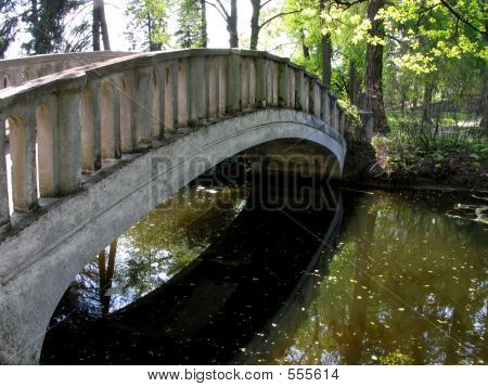Picture or Photo of Old bridge in the park