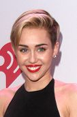 LOS ANGELES - DEC 6:  Miley Cyrus at the KIIS FM Jingle Ball 2013 at Staples Center on December 6, 2