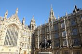 Statue of King Richard 1st by Houses of Parliament in Westminster
