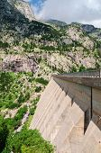 picture of dam  - A picture at the dam in Pyrenees mountians - JPG