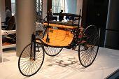 Essen Dec 1: erste Mercedes Benz Auto