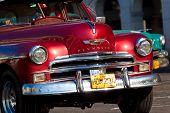Havanna-Januar 11:Classic Fahrzeuge Januar 11,2011 in Havana.Cubans halten Tausende von ihnen ausgeführt despi