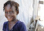 lächelnd Haitianer.