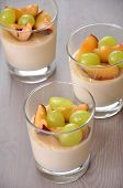 Semolina pudding with grapes