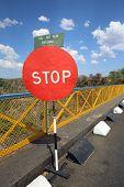 Stop - Borderline