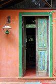 Housedoor