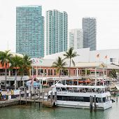 MIAMI,USA - MAY 27,2014 : The Bayside Marketplace in downtown Miami with a view of the yachts docked