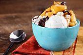 Vanilla Ice Cream With Apple Cranberry Crisp