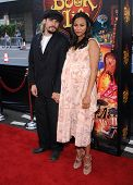 LOS ANGELES - OCT 12:  Zoe Saldana & Marco Perego arrives to the