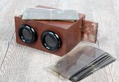 Wooden Stereoscope With Glass Plates