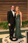 LOS ANGELES - MAR 2:  Jon Hamm, Jennifer Westfeldt at the 2014 Vanity Fair Oscar Party at the Sunset Boulevard on March 2, 2014 in West Hollywood, CA
