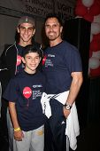 LOS ANGELES - OCT 6:  Don Diamont, sons attend the Light The Night Walk at Sunset Gower Studios on O