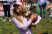 WOODLAND HILLS - APRIL 30: Jillian Barberie Reynolds at the Nuts For Mutts Dog Show at Pierce College on April 30, 2006 in Woodland Hills, CA.