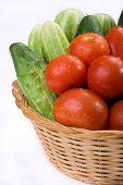 legumes no cesto