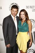 BEVERLY HILLS - MAR 13:  Jensen Ackles, wife Danneel Harris arriving at the Paleyfest 2011 event hon