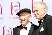 SANTA MONICA - JUNE 8:  Jack Klugman, Garry Marshall at the 6th annual TV Land Awards held at the Ba