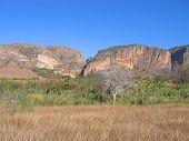 Savana e montanhas, Parque de Isalo, Madagascar