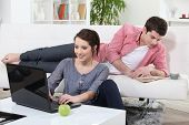 picture of concubine  - Couple relaxing at home - JPG