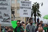 Visual Effects Artists Protest During Academy Awards