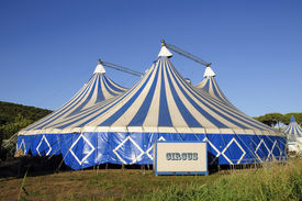 picture of circus tent  - A big circus tent before the show - JPG
