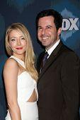 LOS ANGELES - JAN 17:  Jennifer Finnigan, Jonathan Silverman at the FOX TCA Winter 2015 at a The Langham Huntington Hotel on January 17, 2015 in Pasadena, CA
