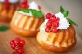Muffins With Berries And Cream