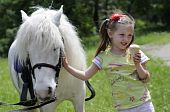 The girl and horsy