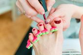 picture of pedicure  - People at work - JPG