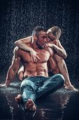 foto of rain  - loving couple in the rain - JPG