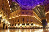Centro de Shopping Galleria Vittorio Emanuele, Milão