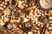 Many Vintage Things And Jewelry