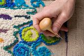 Recyling Craft Making A Mat Of Burlap