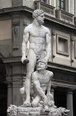 picture of caucus  - Statue of Hercules and Caucus in Florence - JPG