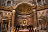 Altar Gold Icon Pantheon Rome Italy