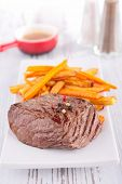 beefsteak and french fries