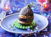 Fig,goat's cheese and honey for Christmas
