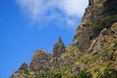 Belas montanhas de verde da ilha da Madeira, Portugal