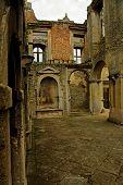 Elizabethan Ruins
