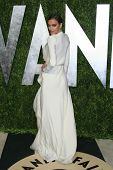 WEST HOLLYWOOD, CA - 24 de fevereiro: Irina Shayk no Vanity Fair Oscar Party no Sunset Tower em fevereiro