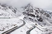 pic of slippery-roads  - Snow - JPG