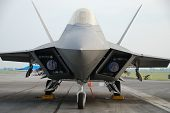 pic of f22  - Beautiful F22 raptor military airplane - JPG