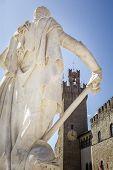 Estátua de Fernando I De Médici, Arezzo, Itália
