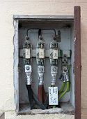 Mains Wiring - Open, On A Building (outside).