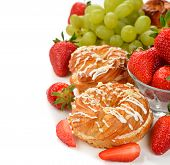 Eclairs With Strawberry